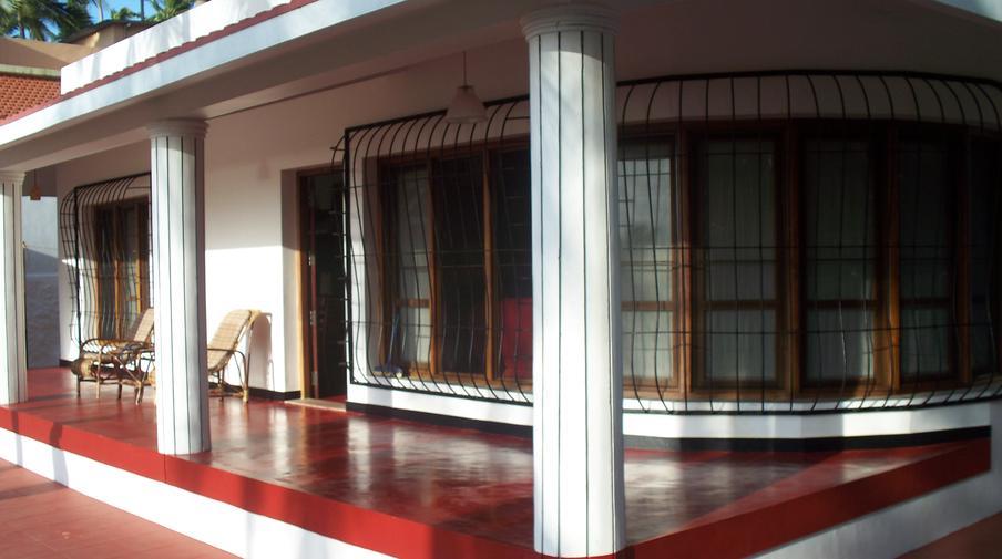 Kovalam beachhouse amazing accom for Huzz house