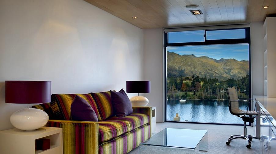 Lake View Queenstown Central